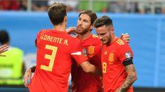 Sergio Ramos celebra su gol en el Rumanía – España.