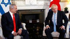 El primer ministro israelí, Benjamin Netanyahu, reunido con su homólogo británico, Boris Johnson, en Downing Street. Foto: EP