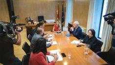 Cayetana Álvarez de Toledo en su reunión con la presidenta de la Asociación de Víctimas del Terrorismo, Maite Araluce. (Foto: Europa Press)