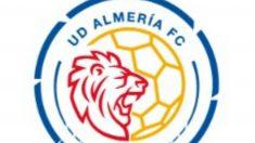 Nuevo escudo propuesto para el Almería (@U_D_Almeria)