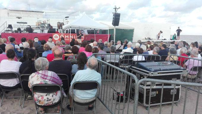 El acto se ha celebrado este sábado junto a la playa, sin la presencia de Òscar Camps.