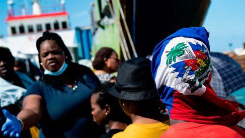 Evacuados de Bahamas por el huracán 'Dorian' a bordo de un barco que les ha trasladado a Florida (EEUU). Foto: AFP