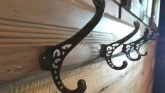 Pasos para hacer un perchero a partir de un cabecero de madera
