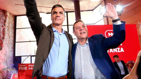 El presidente de Castilla-La Mancha y secretario general del PSOE, Emiliano García-Page, junto a Pedro Sánchez. Foto: EP