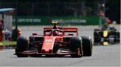 Charles Leclerc ya logró la pole en Italia y ahora en Singapur. (AFP)