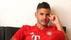 Lucas Hernández posa con la camiseta del Bayern de Múnich (@LucasHernandez)