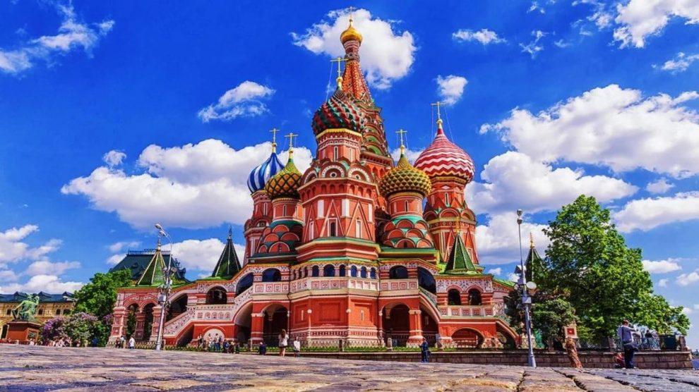 La principal catedral moscovita es sin duda original y muy bonita
