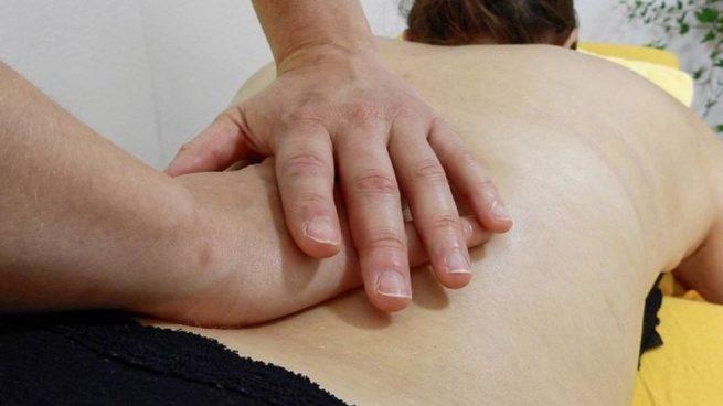 Se establece pues que algunos tratamientos de fisioterapia han aportado efectos similares a los medicamentos antidepresivos.