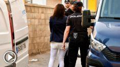Ana Julia Quezada de espaldas. Foto: EFE