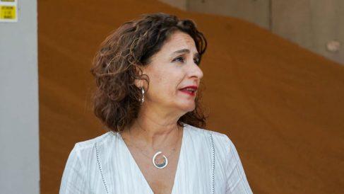 María Jesús Montero atendiendo a los medios. Foto: Europa Press