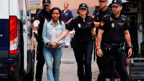 Ana Julia Quezada, autora confesa de la muerte del niño Gabriel Cruz, es trasladada a la Audiencia Provincial de Almería donde este miércoles se celebra la tercera jornada consecutiva del juicio por la muerte del pequeño con la declaración de dos testigos, un policía local y cuatro guardias civiles. Foto: EFE