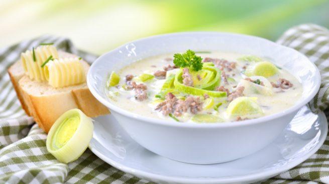 Receta de sopa de puerros con carne picada