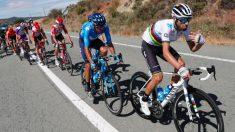 Valverde gesticula ante la etapa de la Vuelta. (Movistar Team)