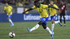 Vinicius, en el encuentro contra Perú. (AFP)