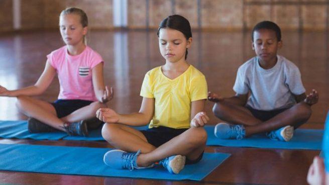 Para aprender a relajarse, nada mejor que controlar la respiración.