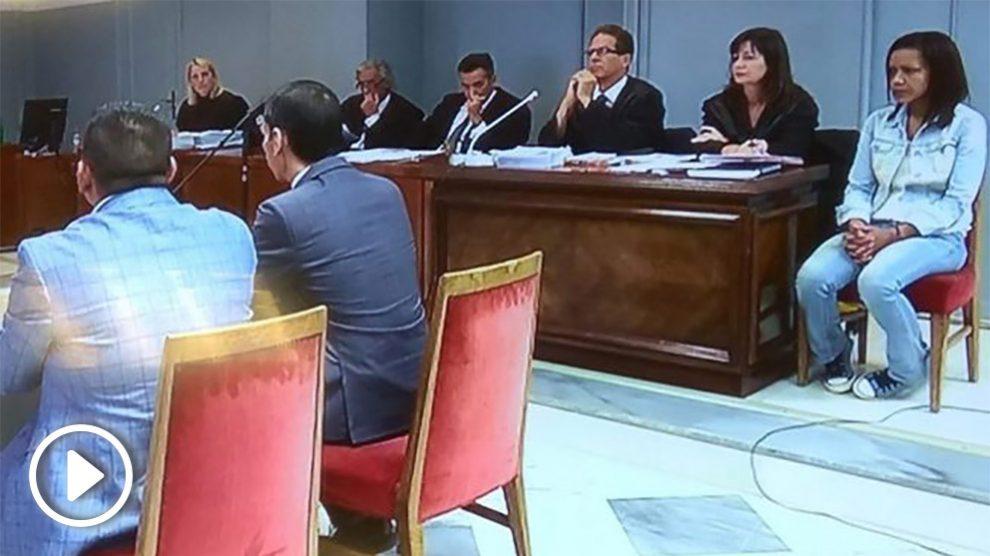 Dos agentes de la Guardia Civil durante el juicio a Ana Julia Quezada por el asesinato del pequeño Gabriel Cruz. Foto: Ep