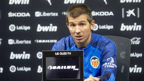 Albert Celades, entrenador del Valencia, en rueda de prensa (Valencia Club de Fútbol)