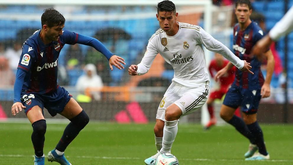 James Rodríguez, durante el Real Madrid – Levante. (EFE)