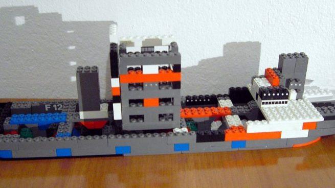 Algunos los establecieron como la imitación de Lego.