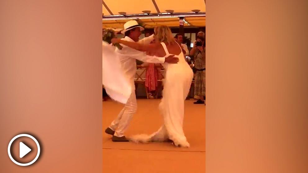 Valls, en su baile de boda.