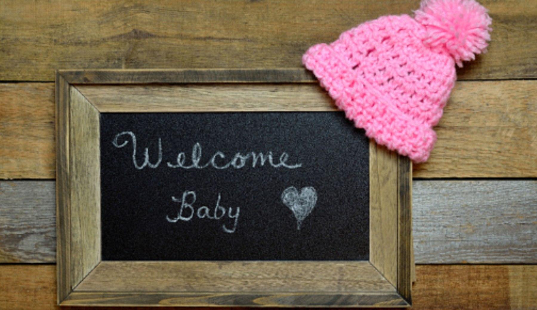 Pasos para hacer un cartel de bienvenida para bebé