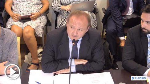 El concejal de Economía, Miguel Ángel Redondo (Cs), durante la comisión de este martes.