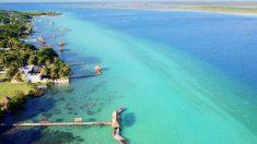 Bacalar es uno de los lugares más espectaculares en México