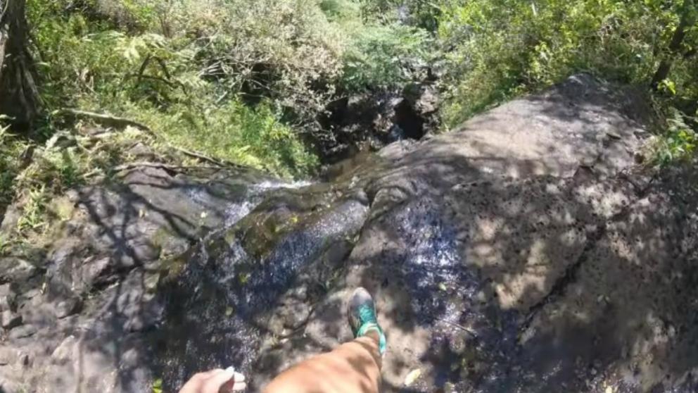 Facebook: Una mujer graba su caída desde 15 metros y vive para contarlo