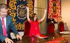 La alcaldesa socialista de Cartagena se va de despedida de soltero en plena gota fría