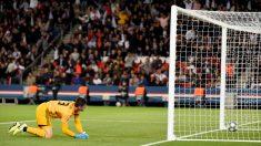 Courtois,-tras-encajar-un-gol-en-el-Parque-de-Los-Príncipes-(AFP)