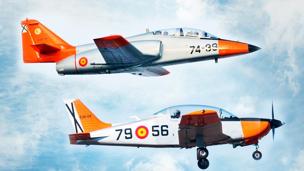 Un C-101 y un E-26 del Ejército del Aire.