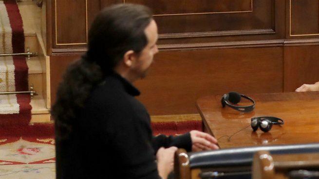 Iglesias llega 30 minutos tarde al último control al Gobierno tras el fracaso que lleva a elecciones