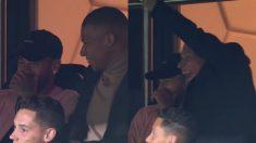 Neymar y Mbappé en el palco.