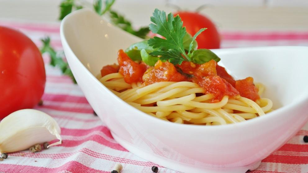 Los espaguetis se pueden acompañar de multitud de ingredientes