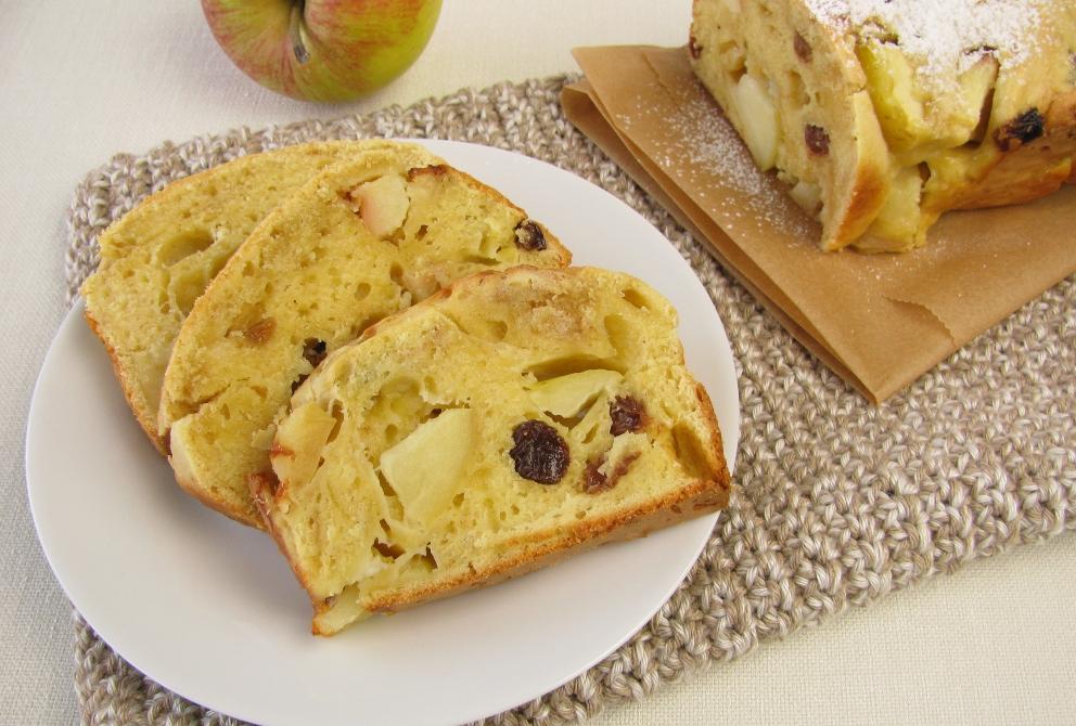 Receta de Bizcocho de manzana y ron