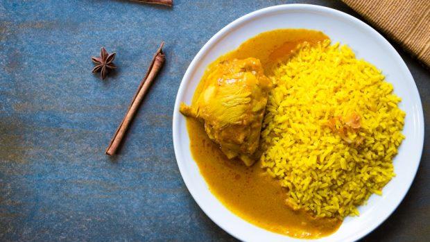 Pollo aromático indio