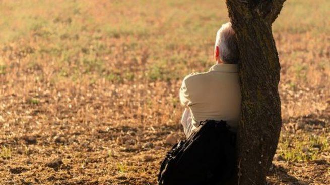 Las personas que sufren de soledad suelen tener un problema.