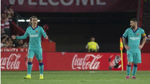 Messi y Griezmann en Granada. (AFP)
