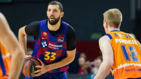 Nikola Mirotic durante el encuentro ante Valencia Basket. (fcbarcelona.cat)