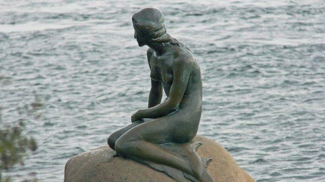 La capital de Dinamarca, Copenhague, aporta encanto, historia y dinamismo.