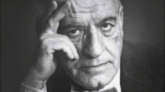 Escritor y filósofo José Ortega y Gasset está vinculado al novecentismo.