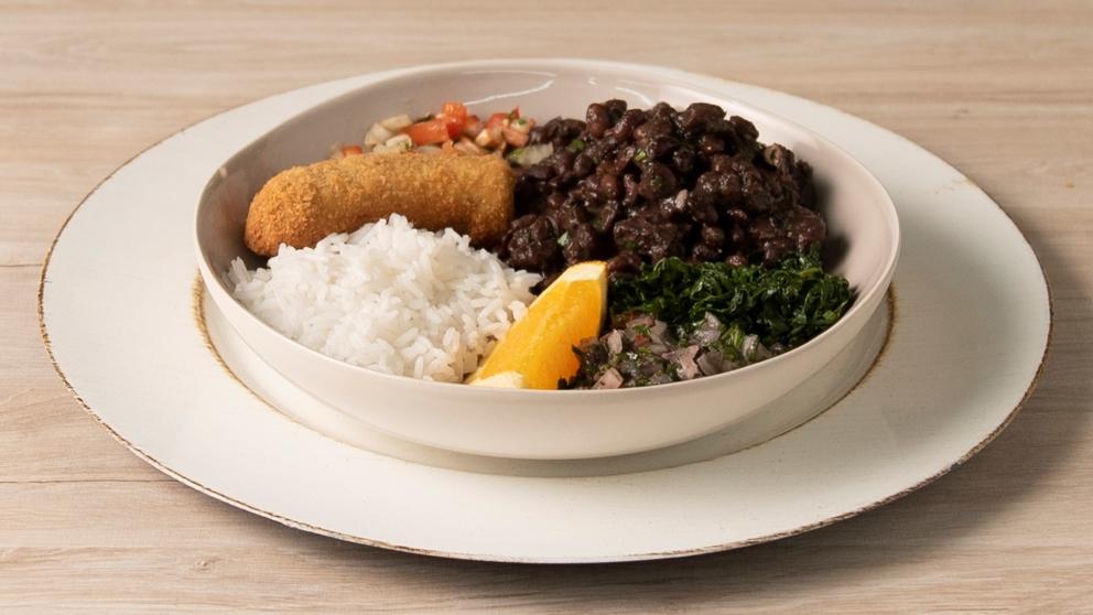 La feijoada es uno de los platos brasileños más conocidos