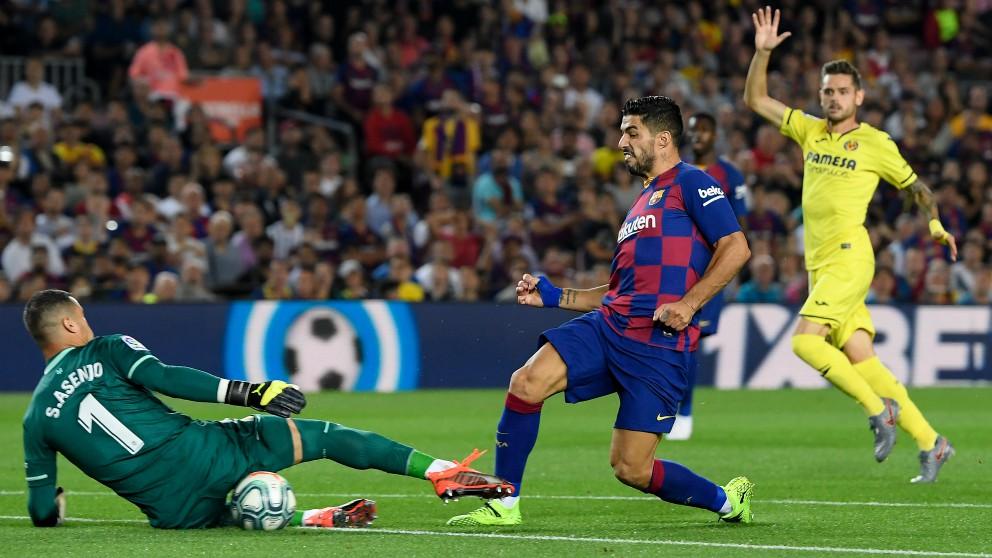 Luis Suárez marra una ocasión en el partido. (afp)