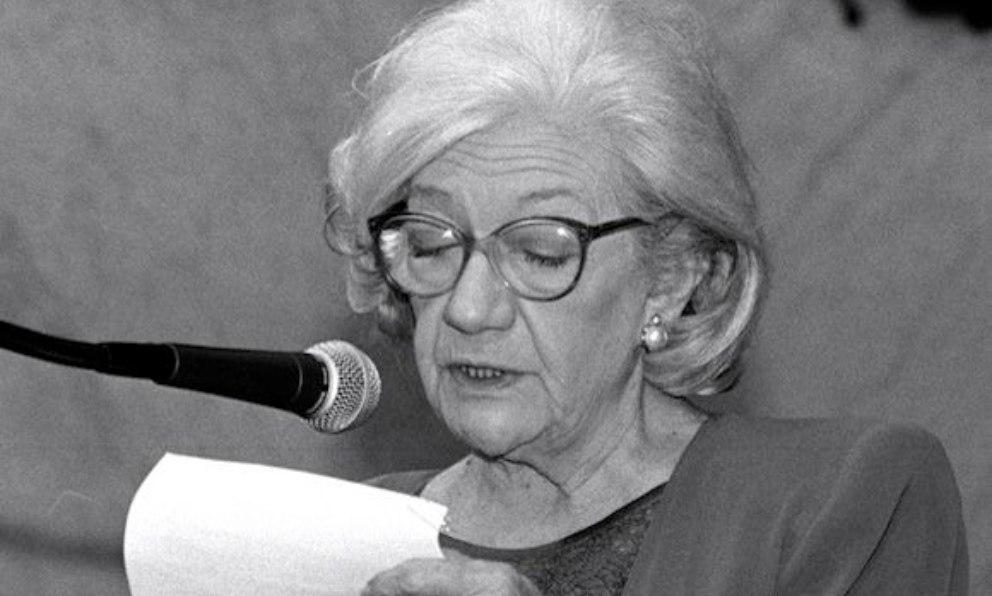 Destaca como una de las escritoras más importantes de la posguerra española.
