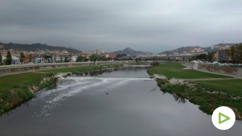 Zona del río donde se busca al bebé.