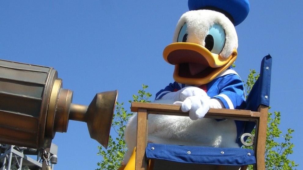 El rival de Mickey Mouse es mayor, pero conserva muchas aventuras por hacer.