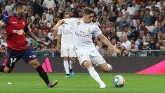 Valverde durante el partido ante el Osasuna. (Foto: David García)