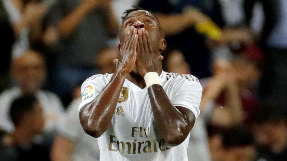 Vinicius celebra el 1-0 en el Real Madrid-Osasuna. (EFE)