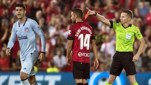 Álvaro Morata fue expulsado en el partido contra el Mallorca. (AFP)