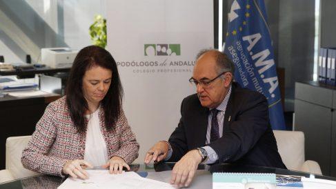 El Colegio Podólogos de Andalucía renueva la póliza de Responsabilidad Civil Profesional con A.M.A.  y firma convenio de colaboración con la Fundación A.M.A.